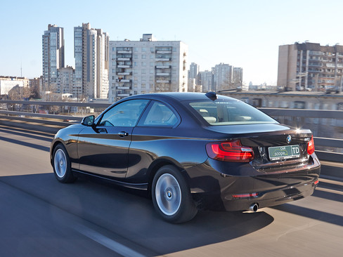 BMW 220i Coupe