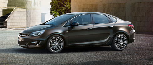 Opel Astra седан 2013