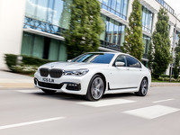 BMW 7 Series M Driver's Line 2016